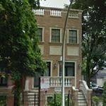 photo: house/residence of cool friendly enigmatic  22 million earning Chicago, Illinois, United States-resident