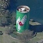 Giant can of 7-Up