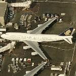 "Singapore Airlines Boeing 747 ""Star Alliance"" paint scheme"
